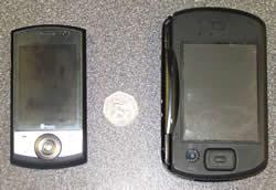 46-phonecomptop.jpg